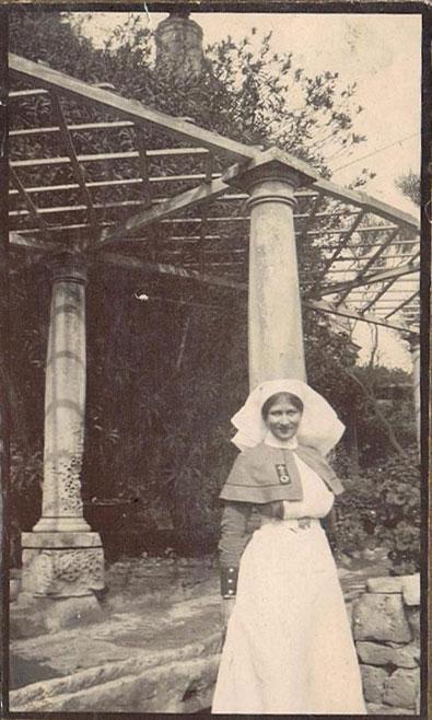 Nurse Violet Hoare in WWI