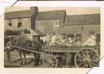 Higher Farm country transport with the Sawtells 1921