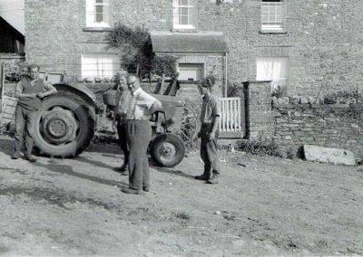 Morning conference outside Lower House Farm, John Francis Tucker and family, Massey Ferguson 65 Mark II