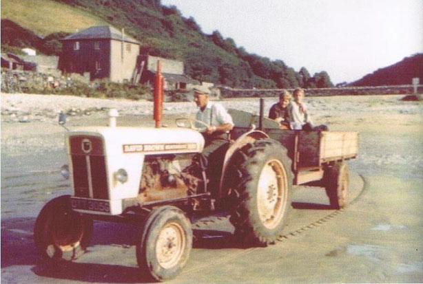 Lannacombe Jock Gordon collecting sand 1972