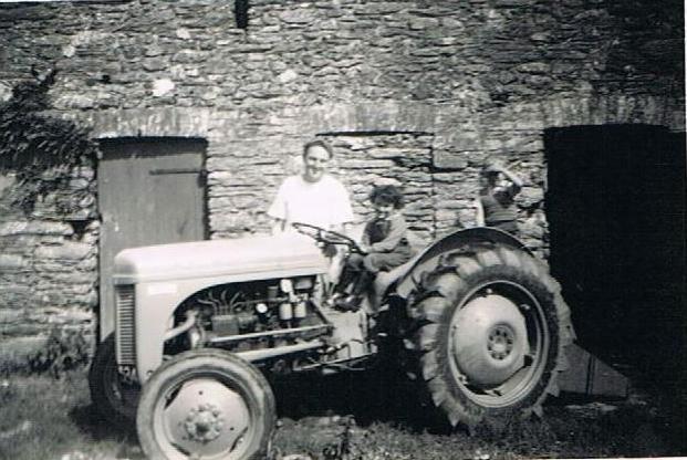 September 1954 T20 diesel tractor, Christopher Trinick, Diane Jannion, Geoffrey Tripp