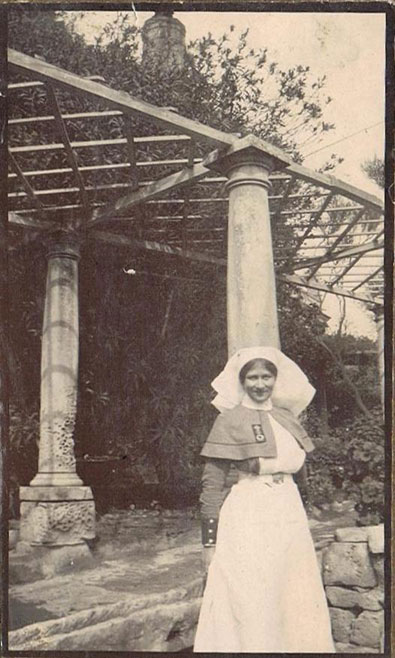 Nurse Violet Hoare in WWI