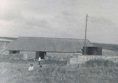 Lower House Farm threshing barn August 1963, John Henry Putt built dryer intake pit