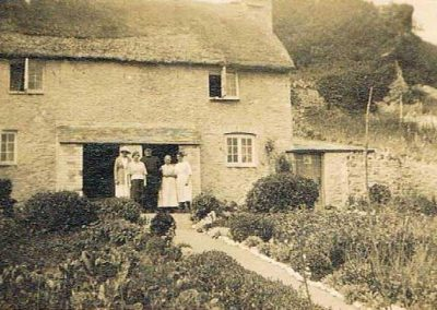 Crab Cottages orginally know as Channel View, with Bill and Hilda Putt and their daughters Gladys, Margaret, undated
