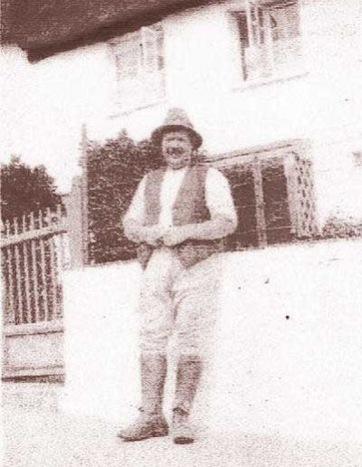 Ernest Tucker (born 1887) in Locks Court, June 1927