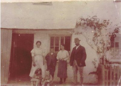 Town Farm Frances Anne Tucker, William George  Tucker, Blanche Tucker, William Richard Ernest Tucker, Auntie Winnie  Tucker, John Francis Tucker 1915