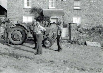 Morning conference outside Lower House Farm, John Francis Tucker and family, Massey Ferguson 65 Mark II