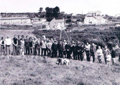 LSA Rocket apparatus, coastguard cliff rescue team on Sharpers Hill, coastguard cottages in the background, Summer 1970