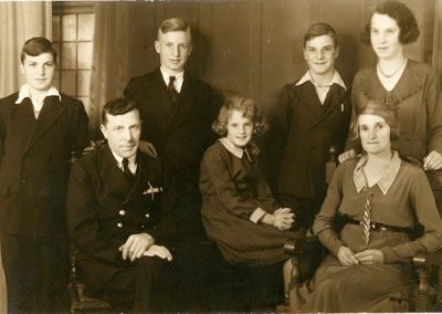 The Bloomfield family. Frontrow (l/r): Thomas Miles, Vera Ellen, Mary Ann (Annie)    Backrow (l/r): Richard, Eric, Norman and Eva Mary probably at 1 Coastguard House, Ivy Lane Teignmouth about 1935.